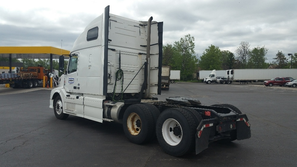 Commercial Trucks: Commercial Trucks Buffalo