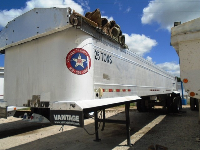 End Dump  panies together with 2000 Vantage V Bottom End Dump Semi Trailer 8649829 moreover Where To Buy Semi Trailers In Az furthermore 19883 Travis 39 ft frameless aluminum end dump trailer as well 2002 Vantage End Dump Semi Trailer 8738464. on vantage end dump trailers